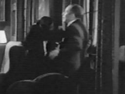 Alan Mowbray (right) with Lionel Barrymore (left) in 'Guilty Hands'
