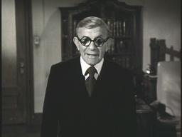 George Burns' filmed 'message from the grave' in 'Ellery Queen: The Adventure of Veronica's Veils'