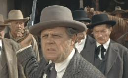 Pat Hingle (center) in 'Invitation to a Gunfighter'